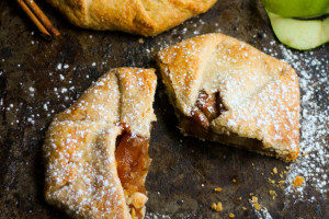Classic Italian Apple Crostata