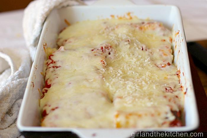 Roasted Creamy Garlic Lasagna Roll-Ups-011