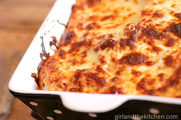 Roasted Creamy Garlic Lasagna Roll-Ups-014