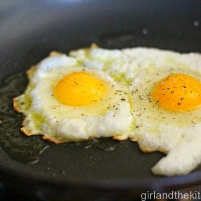 Cooking 101…Perfect Over Easy Eggs (Perfect EVERY Time)