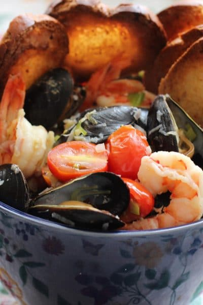 Tuscan Mussels and Shrimp. Girl and the Kitchen-