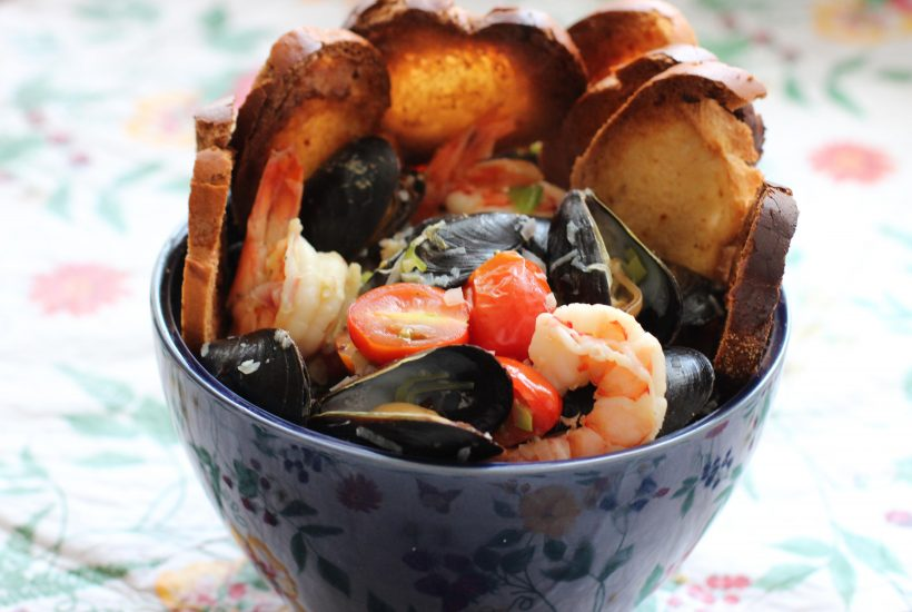 Tuscan steamed Mussels and Shrimp