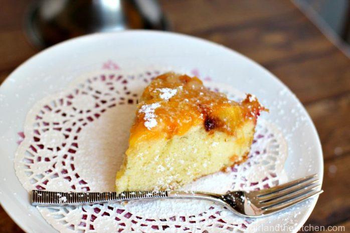 Almond and Peach Sharlotka (Russian Dump Cake)…Шарлотка