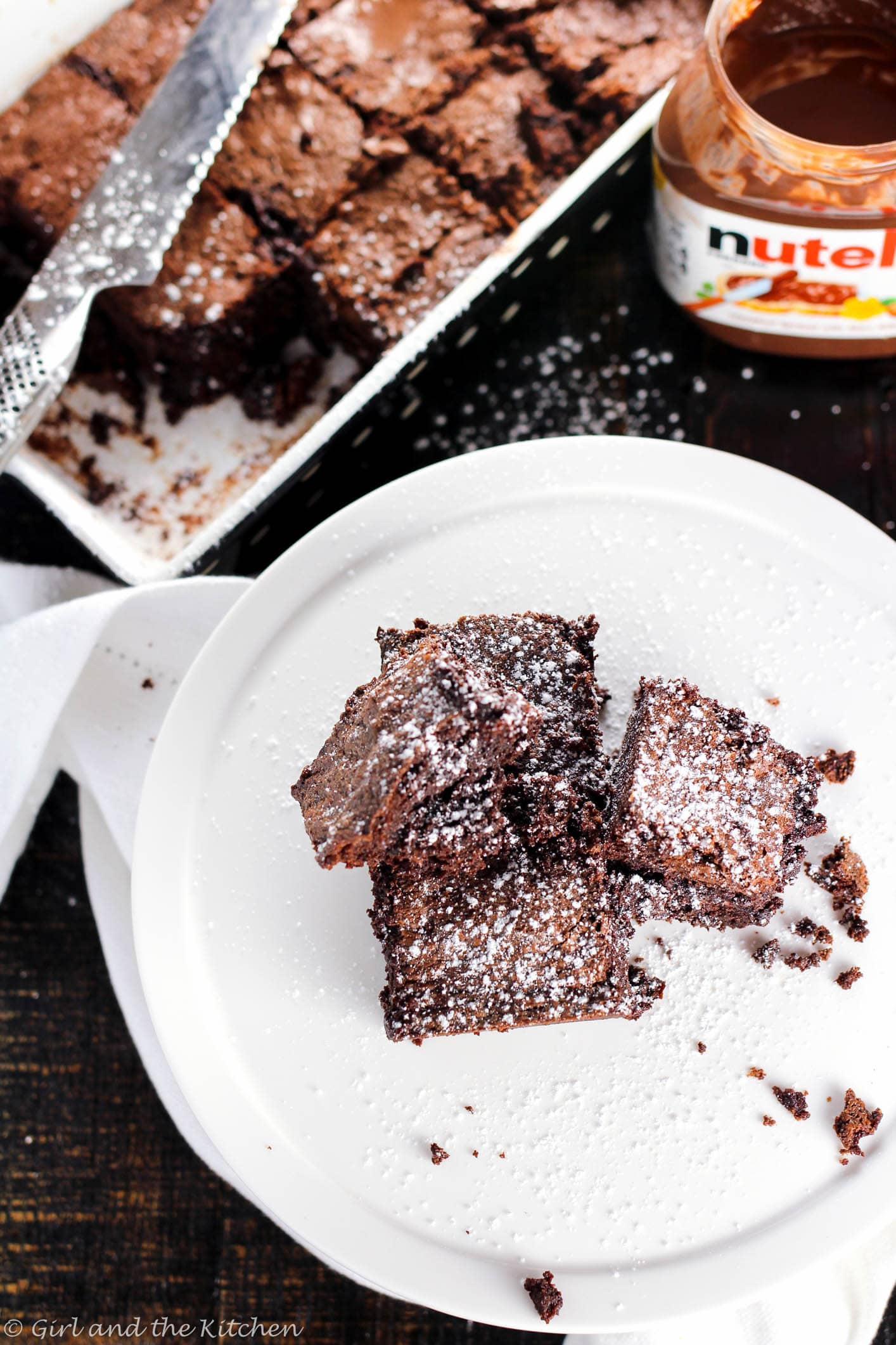 Get ready for the gooeyest, fudgiest ULTIMATE brownie.  Fudgy Nutella brownies my dear friends is what all chocolate dreams are made of.