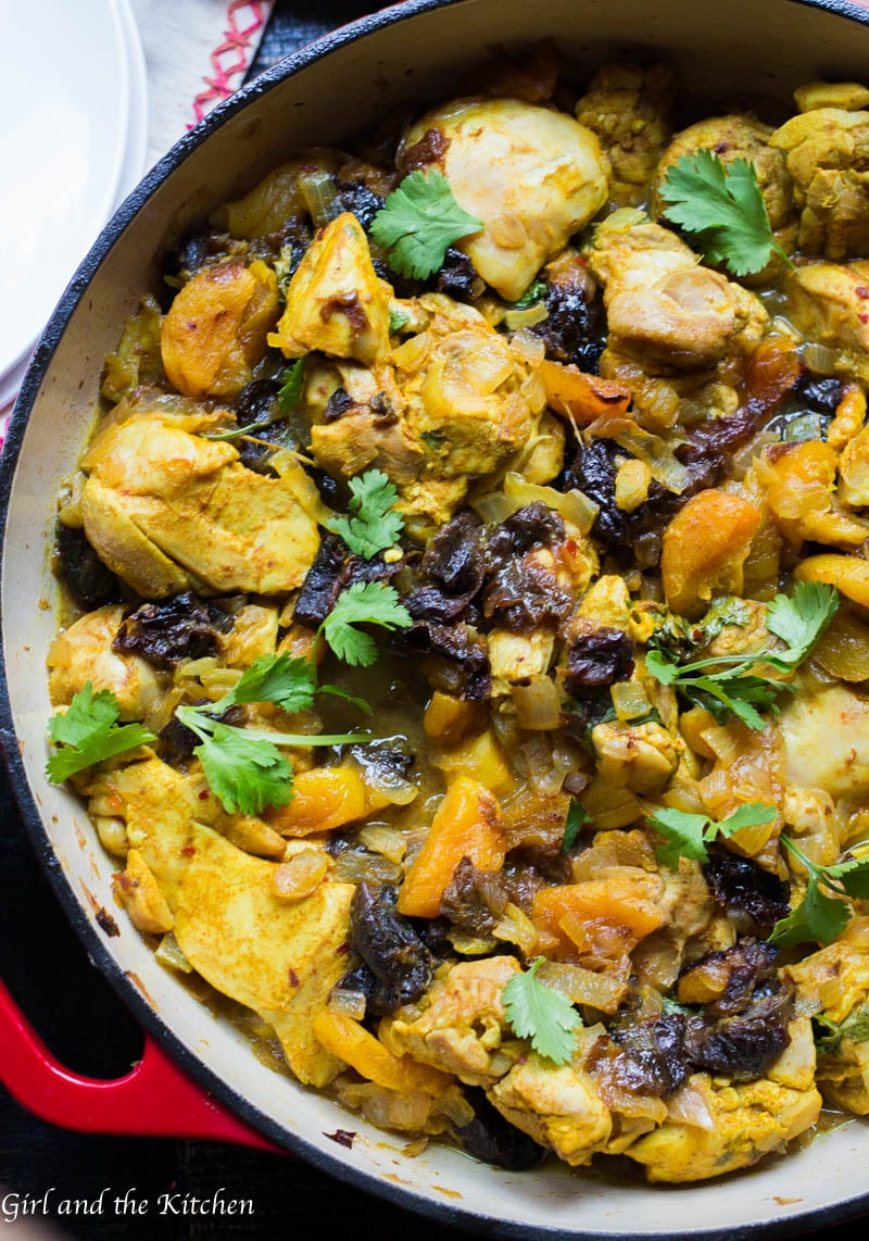 Flavorful and healthy are not always interchangeable. However, with my Moroccan Chicken recipe it most certainly is. The flavors of the Middle East come alive in this dish and transport you into a world of spice markets and magic carpet rides. Best of all it freezes like a dream and is all made in one pan!