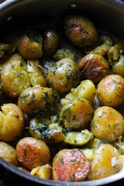Pan Roasted Potatoes with Garlic and Dill