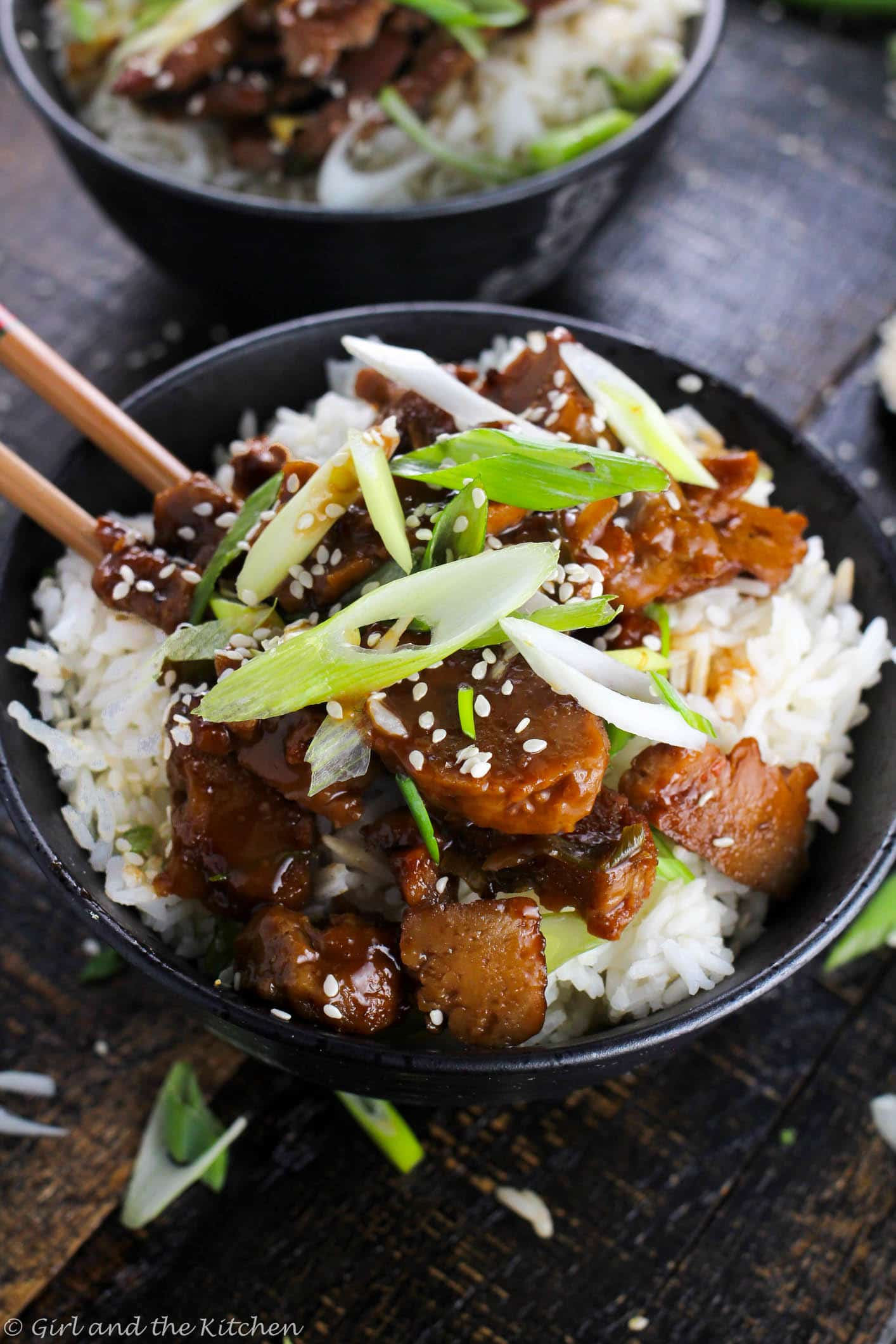 Pf changs vegan mongolian beef girl and the kitchen a vegan version of my favorite chinese take out this mongolian beef is forumfinder Choice Image