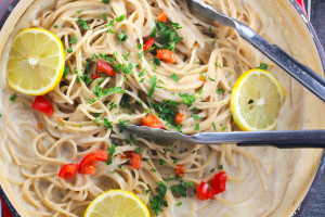Vegan Healthy Creamy Pasta with Lemon