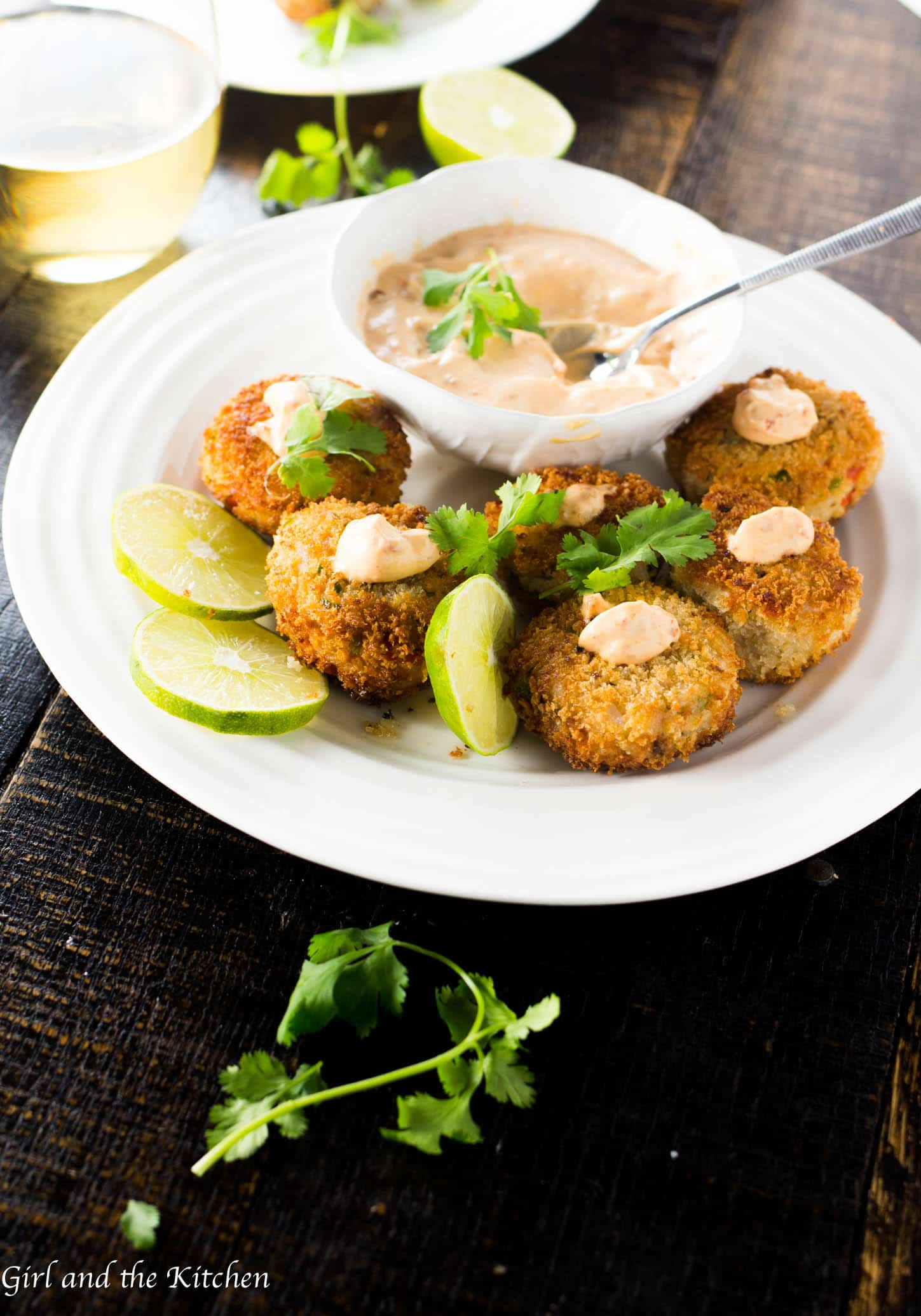 Crispy, crunchy and spicy! This new spin on simple tuna from a can will be your next appetizer go to! Full of bright colors and plenty of flavor these little tuna fish cakes are the best thing to have ever happened to canned tuna!
