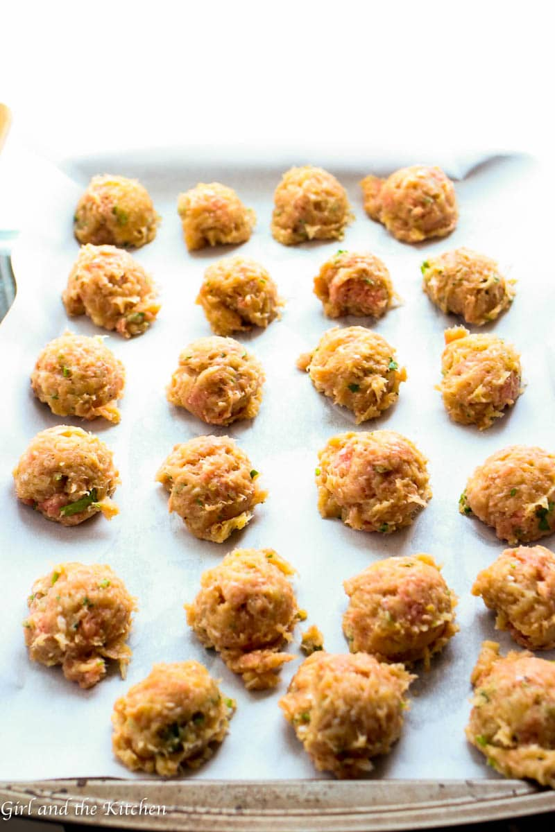 Tender and juicy meatballs full of curry, spice and everything nice! Deliciously savory and super healthy because they are made with lean turkey. Your meatball game just reached a new level.