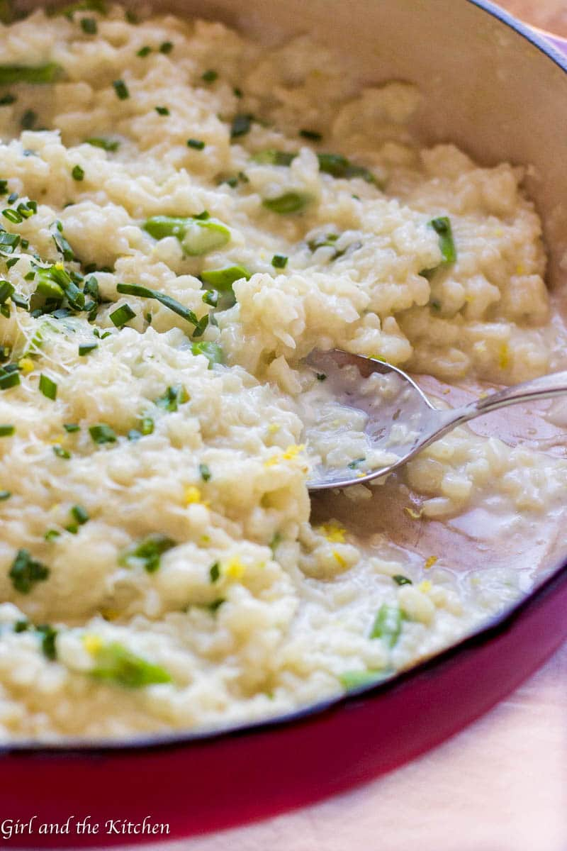 A classic super creamy Parmesan risotto recipe that features a simple no-stir method! Take all the guess work out of this recipe with this ridiculously simple method proven by yours truly and the genius behind Serious Eats.